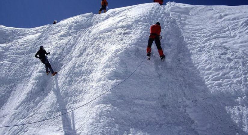 Mera-Peak-Climbing-Pic