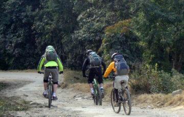 kathmandu-biking